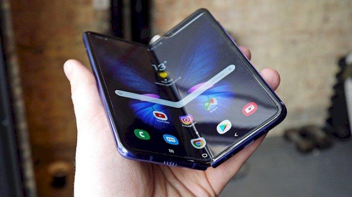 Samsung Galaxy Fold yakında piyasaya sürülmesi bekleniyor