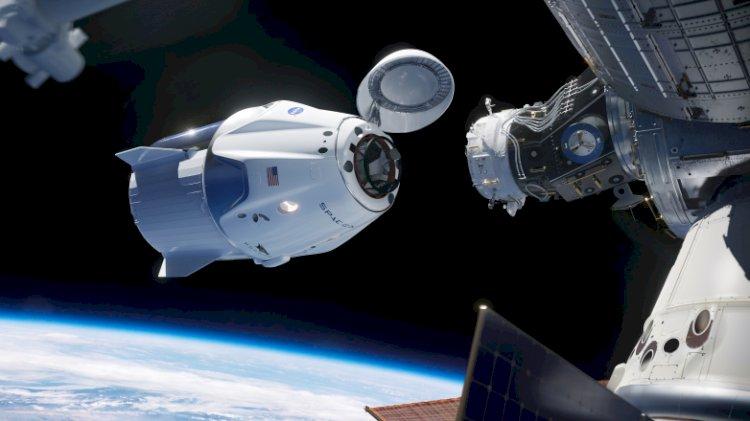 SpaceX insanları düşündüğünüzden daha önce uzaya fırlatacak