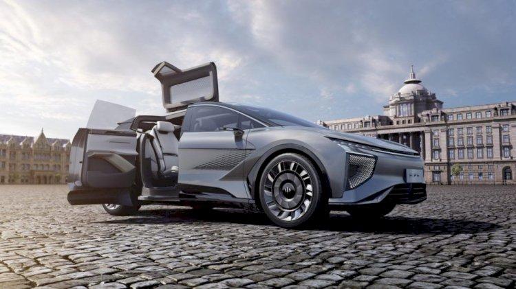 2021'de ve Sonrasında Gelen En İyi 20 Yeni Elektrikli Araba ve SUV