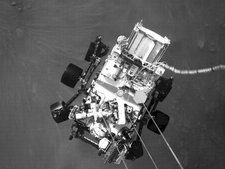 Mars'ta çekilen binlerce işlenmemiş fotoğrafa buradan göz atın